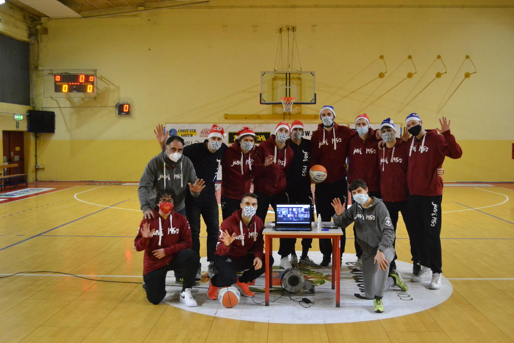 La festa di Natale del Minibasket