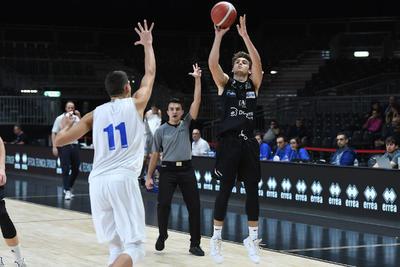 Next Gen Cup, la Dolomiti Energia parte bene: Treviso battuta 70-81