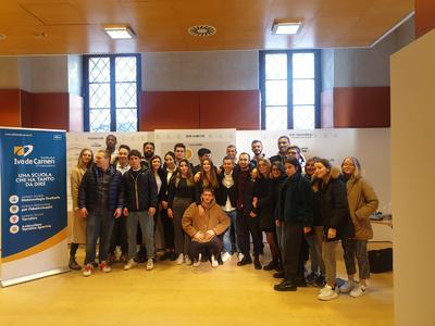 """""""Attività sportiva e mondo del sociale"""": un ciclo di 5 incontri per gli studenti dell'ATS De Carneri in collaborazione con AquiLab"""