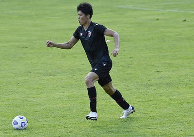 Takehiro Tomiyasu (Social)