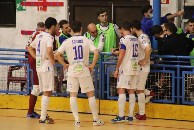 La squadra biancoazzurra, FOTO: CMBFUTSALTEAM.IT-SAVINO