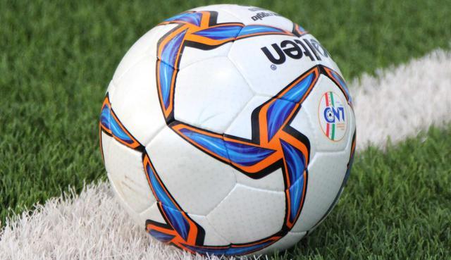 Il pallone del calcio regionale, FOTO: FONTE WEB