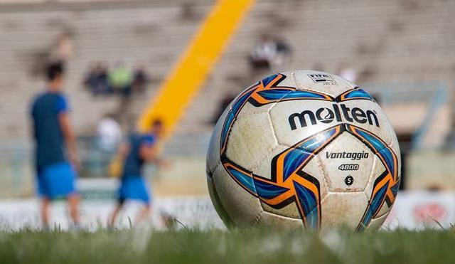 Il pallone del calcio dilettanti, FOTO: FONTE WEB