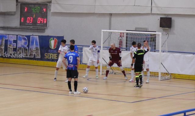 Una fase del match, FOTO: TUTTOMATERA.COM