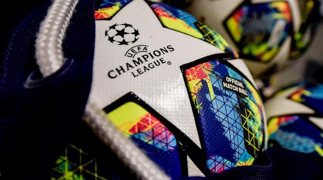 Il pallone della Champions League, FOTO: FONTE WEB