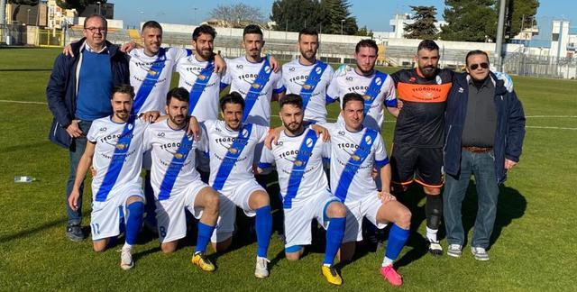 La squadra biancoazzurra, FOTO: TUTTOMATERA.COM