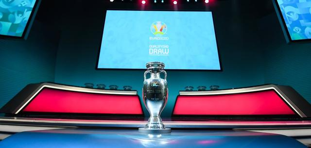 Il trofeo dell'Europeo, FOTO: FONTE WEB