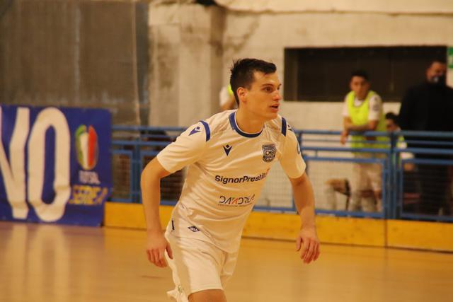 Il laterale offensivo Andres Santos, FOTO: CMBFUTSALTEAM.IT-SAVINO