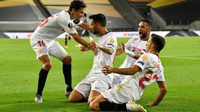 L'esultanza del Siviglia, FOTO: UEFA.COM