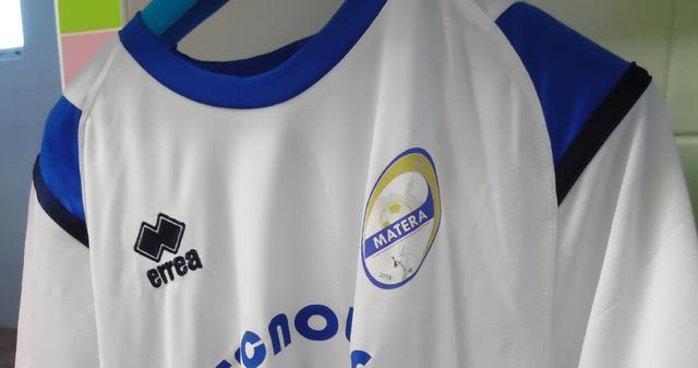 La maglia dell'Usd Matera, FOTO: TUTTOMATERA.COM
