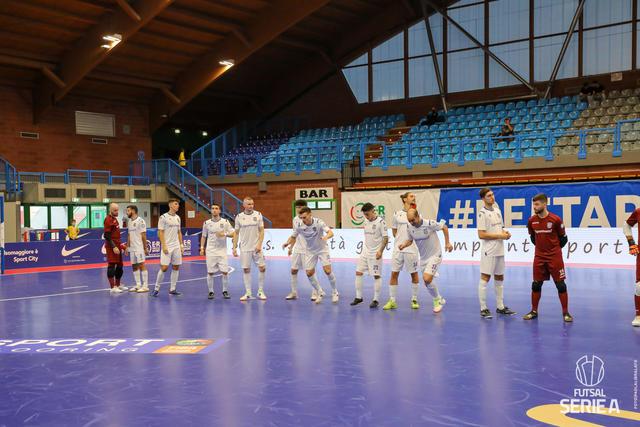 La squadra biancoazzurri, FOTO: DIVISIONECALCIOA5.IT