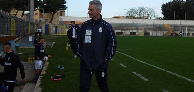 L'allenatore Donato Ferrullo, FOTO: TUTTOMATERA.COM