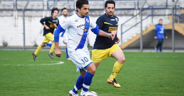 Il tecnico-giocatore Tonio Chisena
