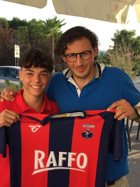 Gianvittorio Vestita con il responsabile del settore giovanile del Taranto Piergiuseppe Sapio