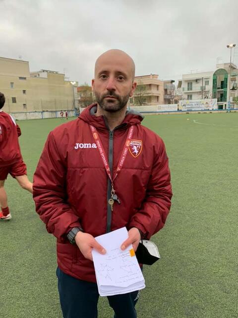 Il tecnico dell'Under 17 della Real Virtus Grottaglie Nicola Sanarica