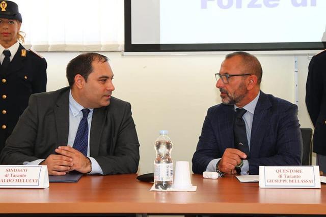 Rinaldo Melucci, sindaco di Taranto, con il questore Bellassai