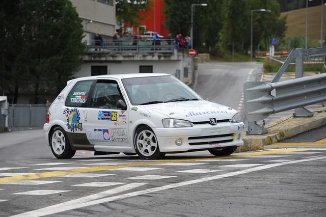 Nella FotoZini:Fabrizio Serafini e Sonia Tiberio su Peugeot 106 s16 in azione al 47°Circuito dei Campioni