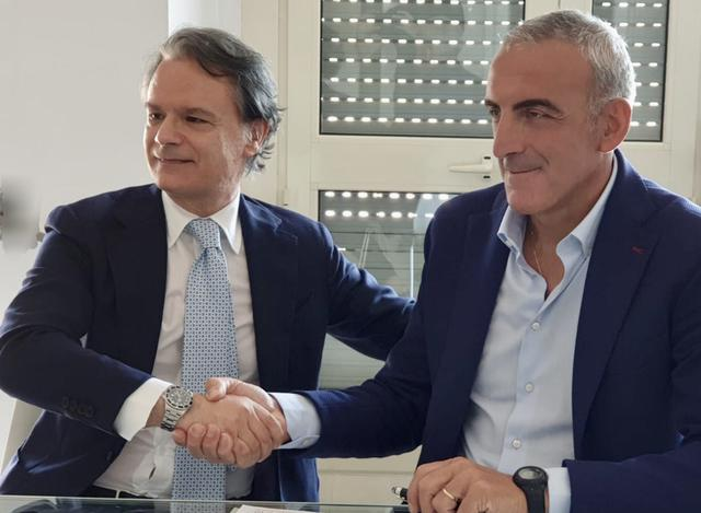 Da sinistra: Giampiero Maci, presidente del Casarano, e il neo tecnico Vincenzo Feola