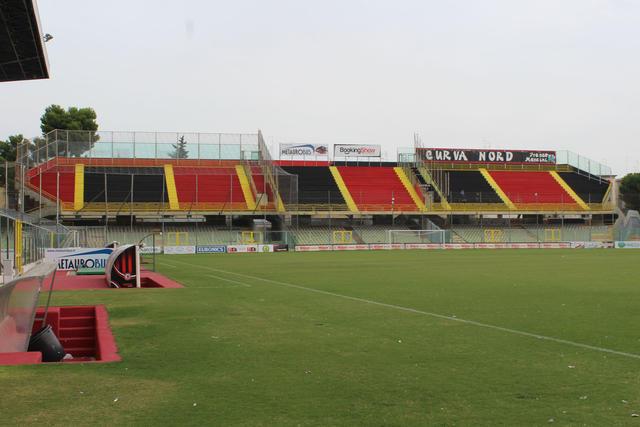 La Curva Nord dello stadio Zaccheria di Foggia