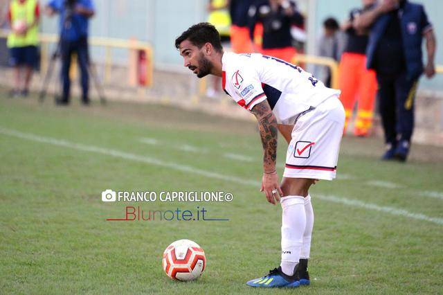Stefano DAgostino, due reti al Gravina con la maglia rossoblu