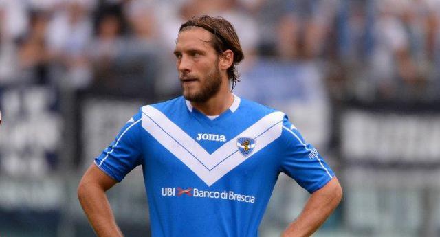 Andrea Razzitti con la maglia del Brescia