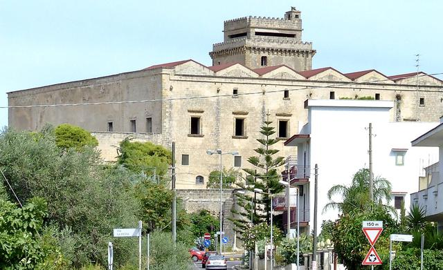 Castello Muscettola Leporano - Foto Wikipedia