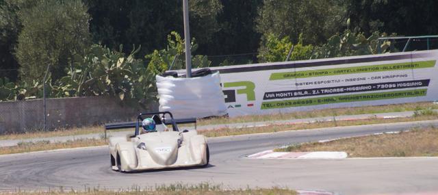 Nunzio Fanelli (Radical SR4) sulla pista di Torricella
