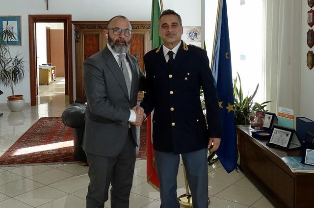 Il questore Giuseppe Bellassai, a sinistra, con Daniele De Girolamo