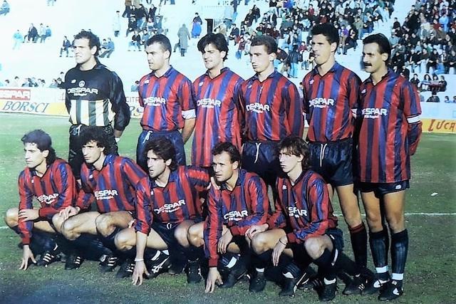 C/1, 3/12/89: Taranto-Brindisi 1-1. In alto da sx: Spagnulo, Brunetti, De Solda, D' Ignazio, Insanguine, Sasso. In basso, da sinistra: Coppola, Mazzaferro, Agostini, Evangelisti, Picci