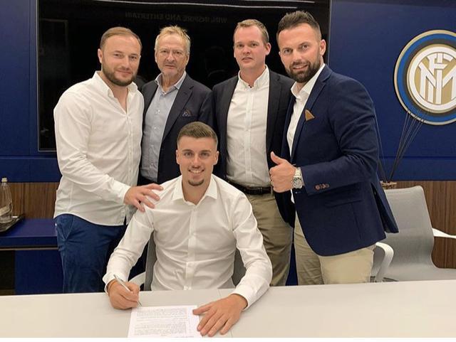 Darian Males firma il contratto quinquennale con l'Inter (Profilo social giocatore)