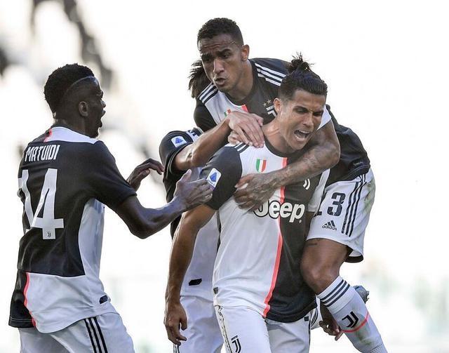 Ronaldo esulta dopo il gol al Torino (ph. Twitter JuventusFc Official)