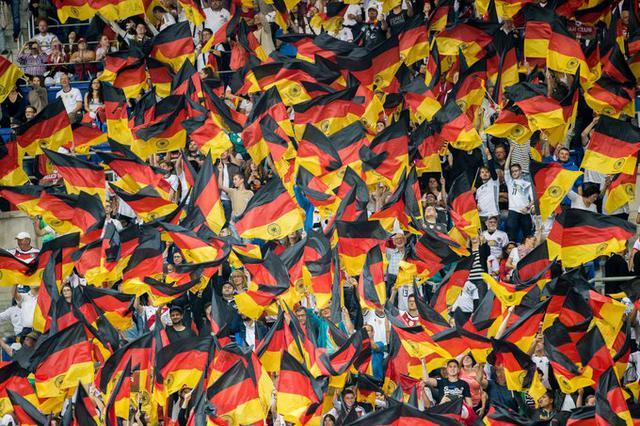 Bandiere della Germania (Ph. Twitter)