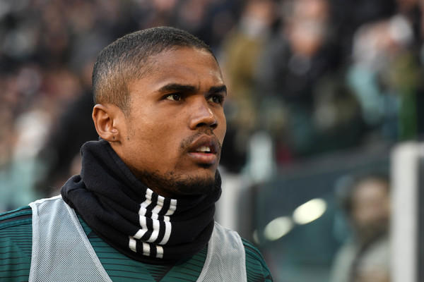 Douglas Costa 8ph. Zimbio)