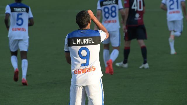 Luis Muriel esulta dopo il gol al Cagliari (ph. Twitter Atalanta B.C.)