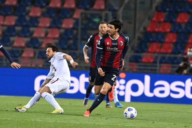 Roberto Soriano in azione contro il Torino (ph. bolognafc.it)