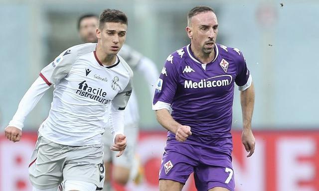Franck Ribery in azione contro il Bologna (Profilo social ACF Fiorentina)