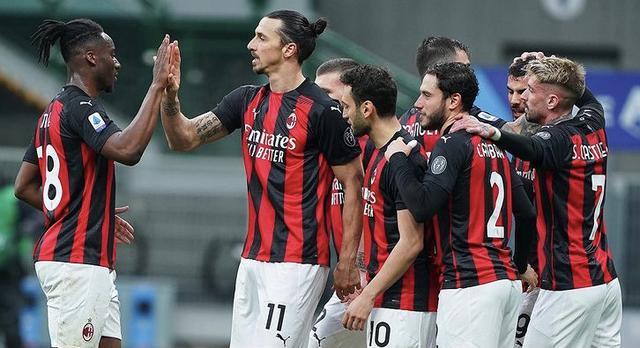 I ragazzi di Pioli esultano in Milan-Crotone 4-0 (Profilo social AC Milan)