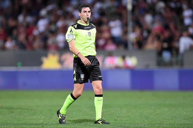 Juan Luca Sacchi arbitro di Juventus-Bologna ph. zimbio)
