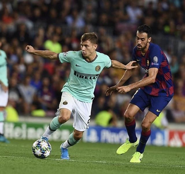 Nicolò Barella in azione contro il Barcellona (Profilo social giocatore)