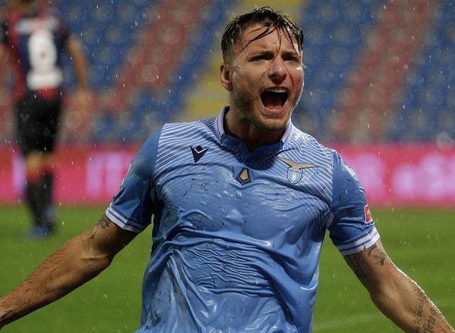 Ciro Immobile esulta in Crotone-Lazio 0-2 (Profilo social SS Lazio)