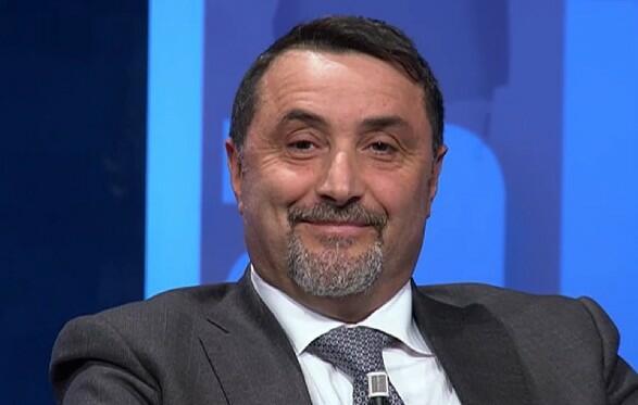MIrabelli deride la dirigenza del Milan