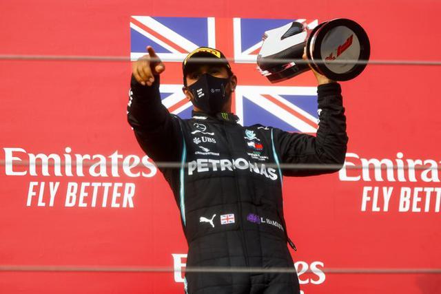 Lewis Hamilton (Ph. Twitter)