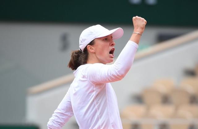 Dove vedere Swiatek-Kenin streaming gratis e diretta Tv, Finale Roland Garros WTA