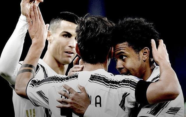 Paulo Dybala e Cristiano Ronaldo esultano con Weston McKennie in Genoa-Juventus 1-3 (Profilo social Juventus)