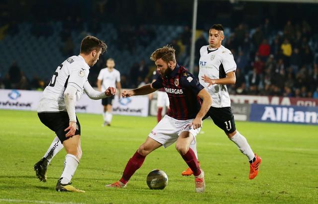 Fran Brodic in azione contro il Cesena