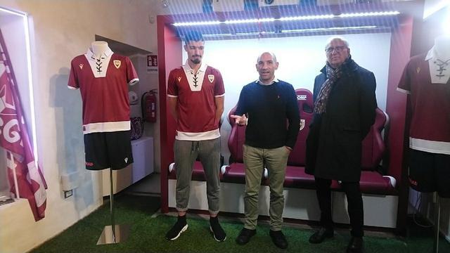 Da sinistra: Ivan Varone, Giacomo Giovannini e l'ad Mauro Carretti