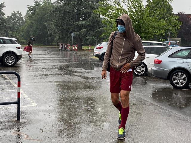Riccardo Martinelli all'arrivo al campo