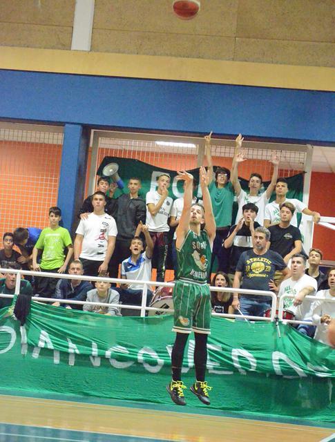 Gabriele Marangoni Settimo Basket al tiro