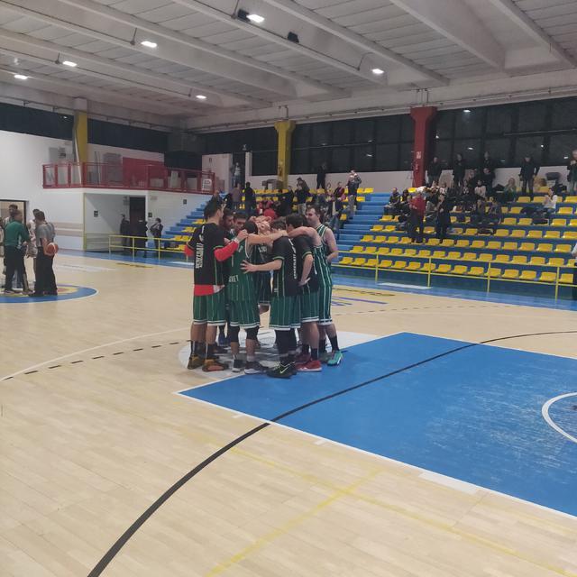 Settimo Basket vittoriosa sul campo di Casorate Sempione