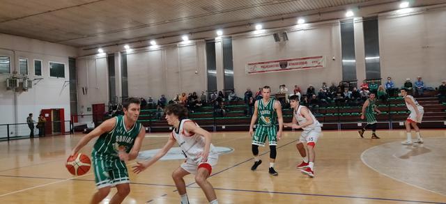Federico Rondena in maglia Settimo Basket
